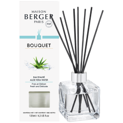 Clear Ice Cube Scented Bouquet & Aloe Vera Water
